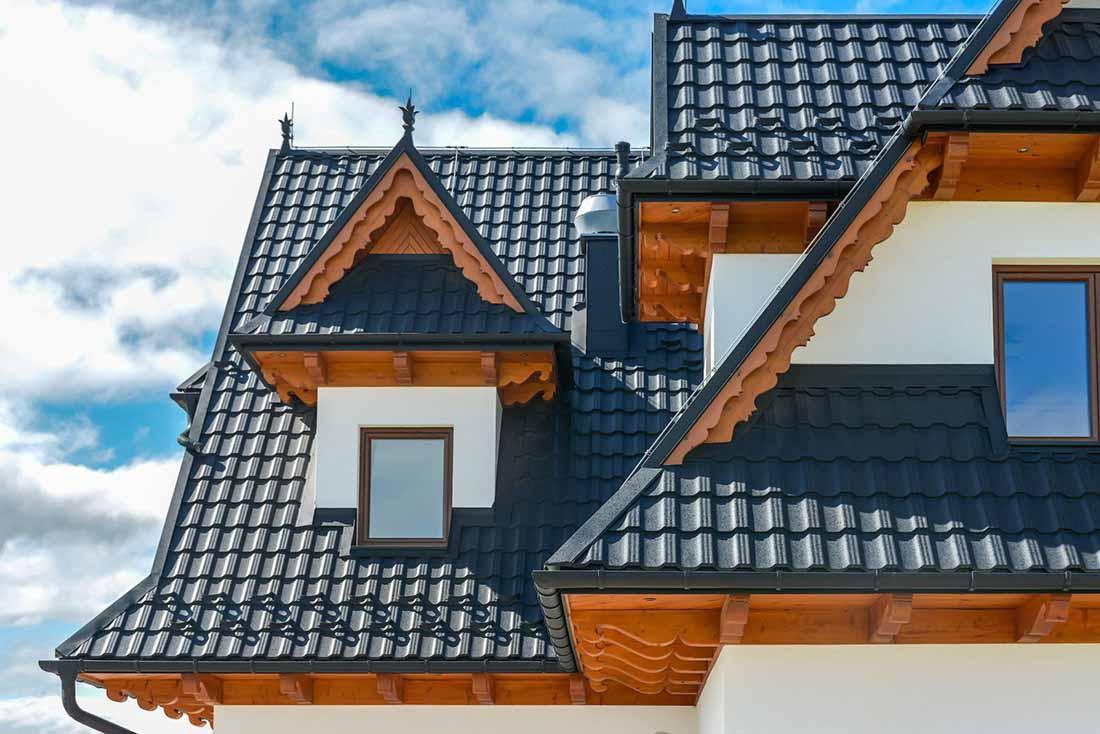 Germania Simetric - vďaka originálnemu vzoru a vysokému lesku je veľmi podobná klasickej pálenej škridle.