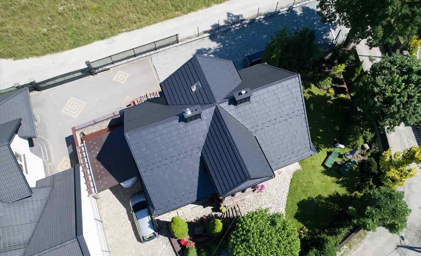 Nadčasový šindeľ je dokonalým elementom na streche akéhokoľvek moderného domu - blachotrapez.sk